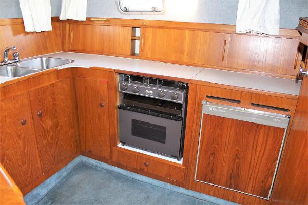 1990 Birchwood TS31