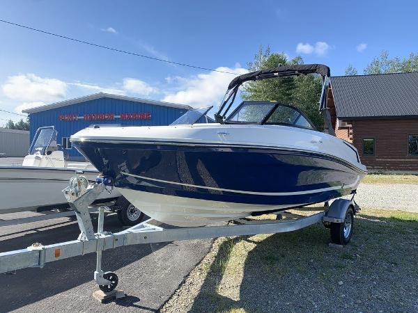 2021 Bayliner boat for sale, model of the boat is VR5 OB & Image # 2 of 10