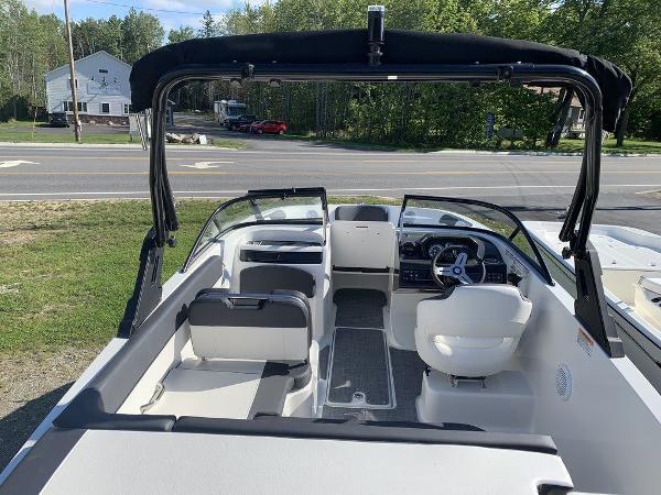 2021 Bayliner boat for sale, model of the boat is VR5 OB & Image # 6 of 10