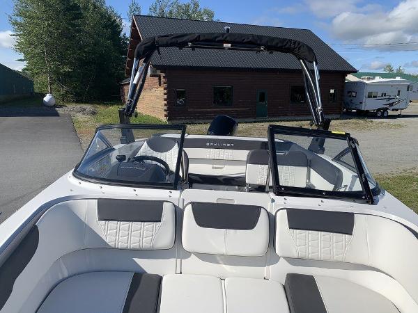 2021 Bayliner boat for sale, model of the boat is VR5 OB & Image # 10 of 10