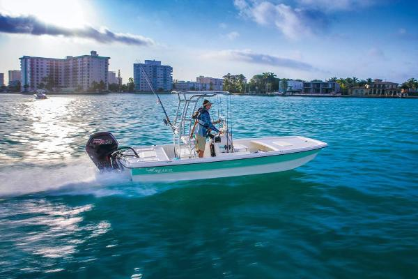 2020 Mako boat for sale, model of the boat is Pro Skiff 19 CC & Image # 6 of 48