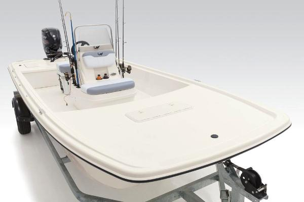 2020 Mako boat for sale, model of the boat is Pro Skiff 19 CC & Image # 33 of 48