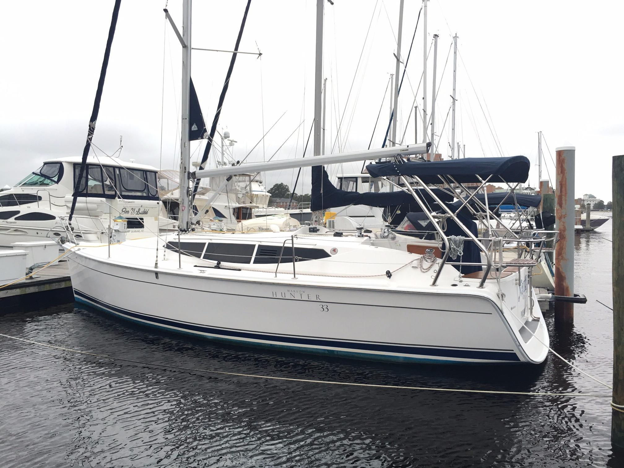 2014 Hunter 33 | Sailboats for Sale