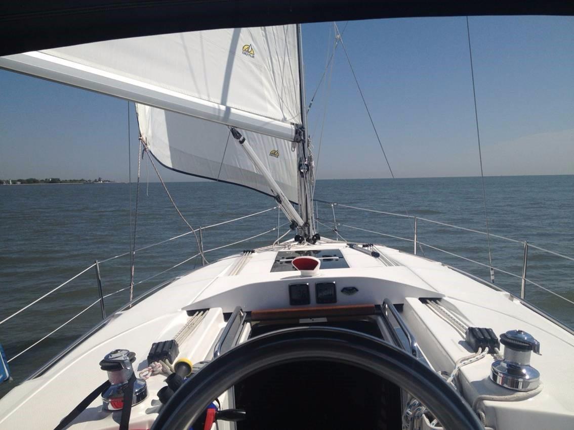 2014 Hunter 33 | Sailboats for Sale