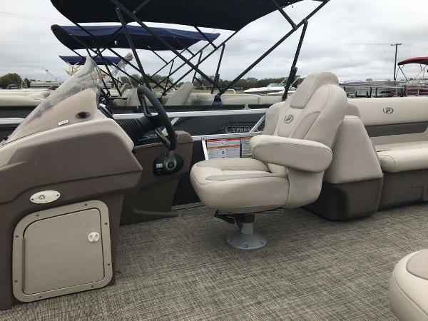 2018 Princecraft boat for sale, model of the boat is Vectra 23 & Image # 9 of 10