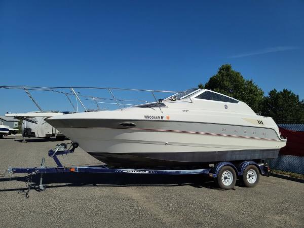 1993 MAXUM 2300 for sale