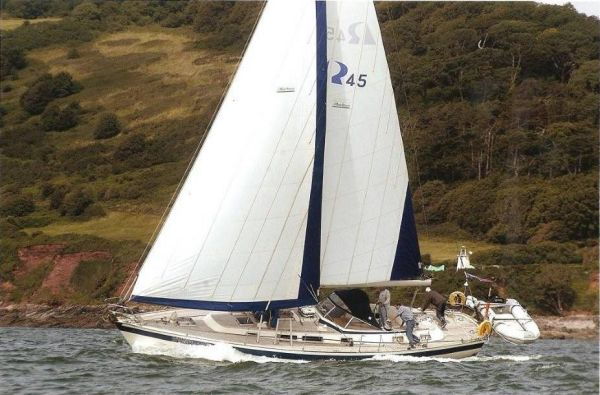 Boat Name: VOLANTE OF YEALM; Year: 1991; Builder: Hallberg-Rassy; Model: 45 ...