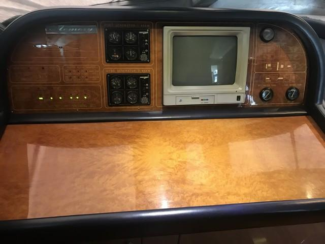 Hershine 95 Navigation Table