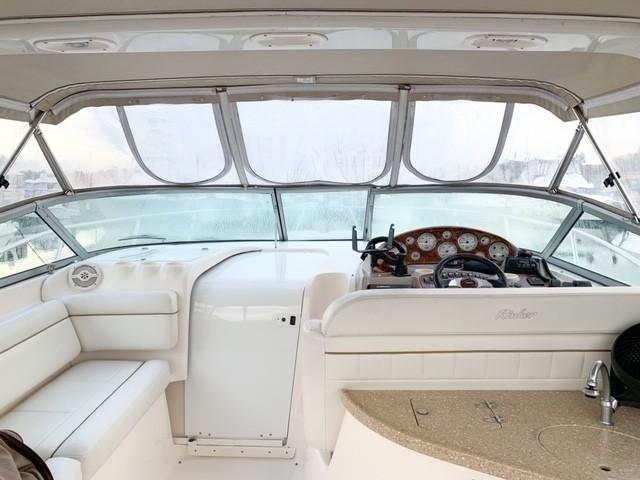 Rinker 342 Fiesta Vee - Photo: #12