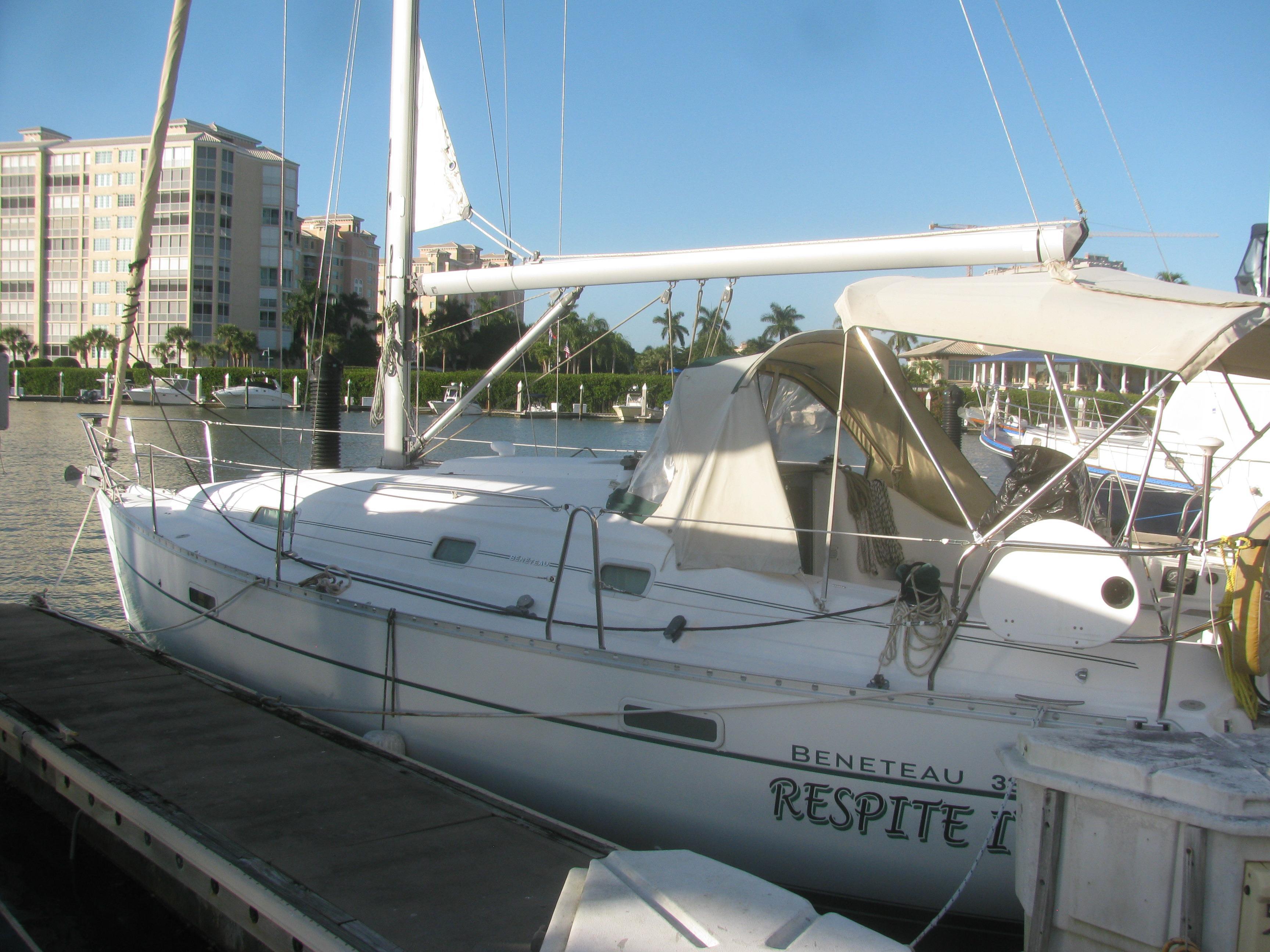 33' Beneteau 2004 331
