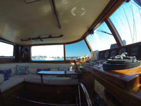 Frans Maas Expedition Yacht Broker Sell
