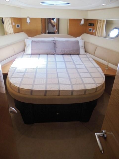 Cranchi Atlantique 50 - Fore cabin 1