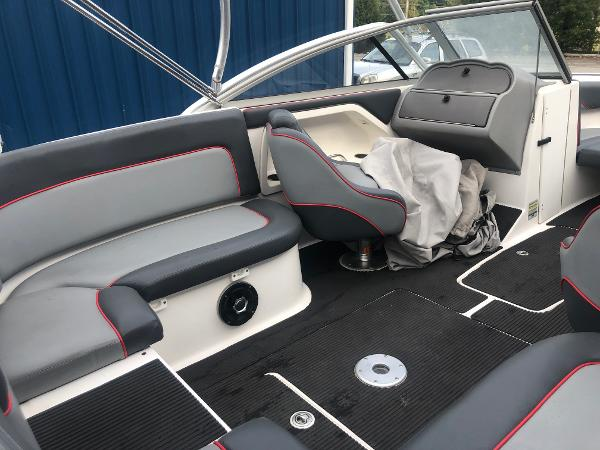 2005 Yamaha boat for sale, model of the boat is AR 230 & Image # 6 of 15