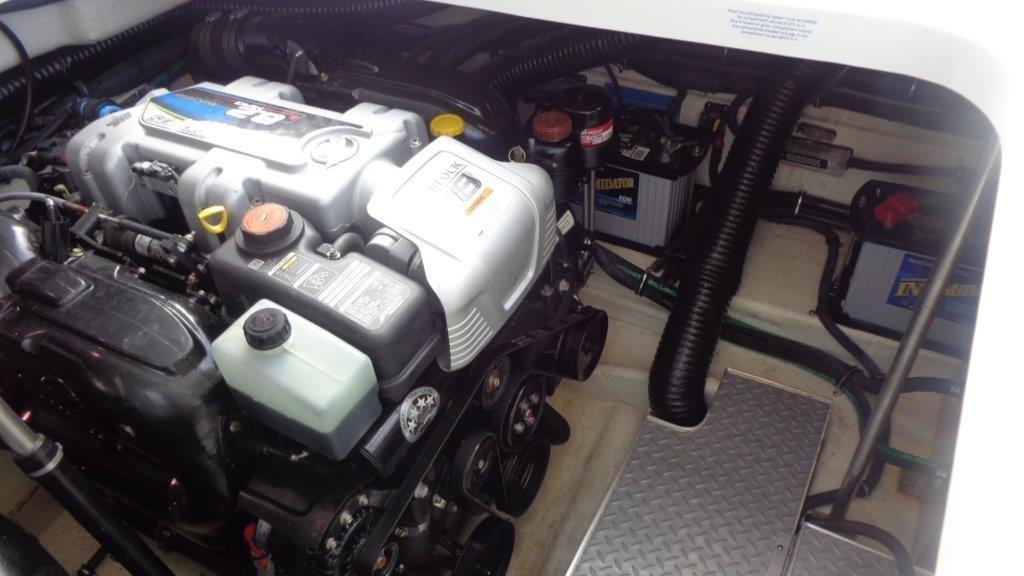 2016 Formula 350 Crossover Bowrider