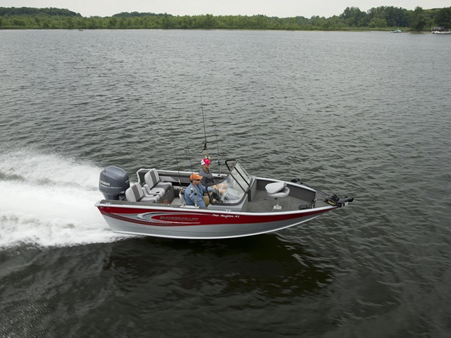 2015 Smoker Craft Pro Angler 182 XL
