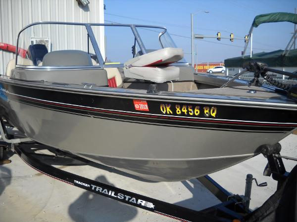 2004 Tracker Boats boat for sale, model of the boat is Targa 18 WT & Image # 8 of 26