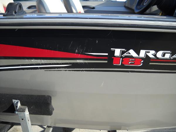 2004 Tracker Boats boat for sale, model of the boat is Targa 18 WT & Image # 10 of 26