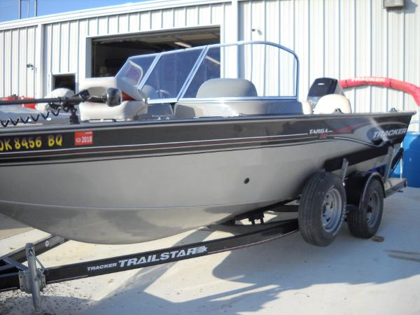 2004 Tracker Boats boat for sale, model of the boat is Targa 18 WT & Image # 15 of 26