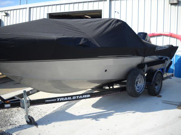 2004 Tracker Boats boat for sale, model of the boat is Targa 18 WT & Image # 24 of 26