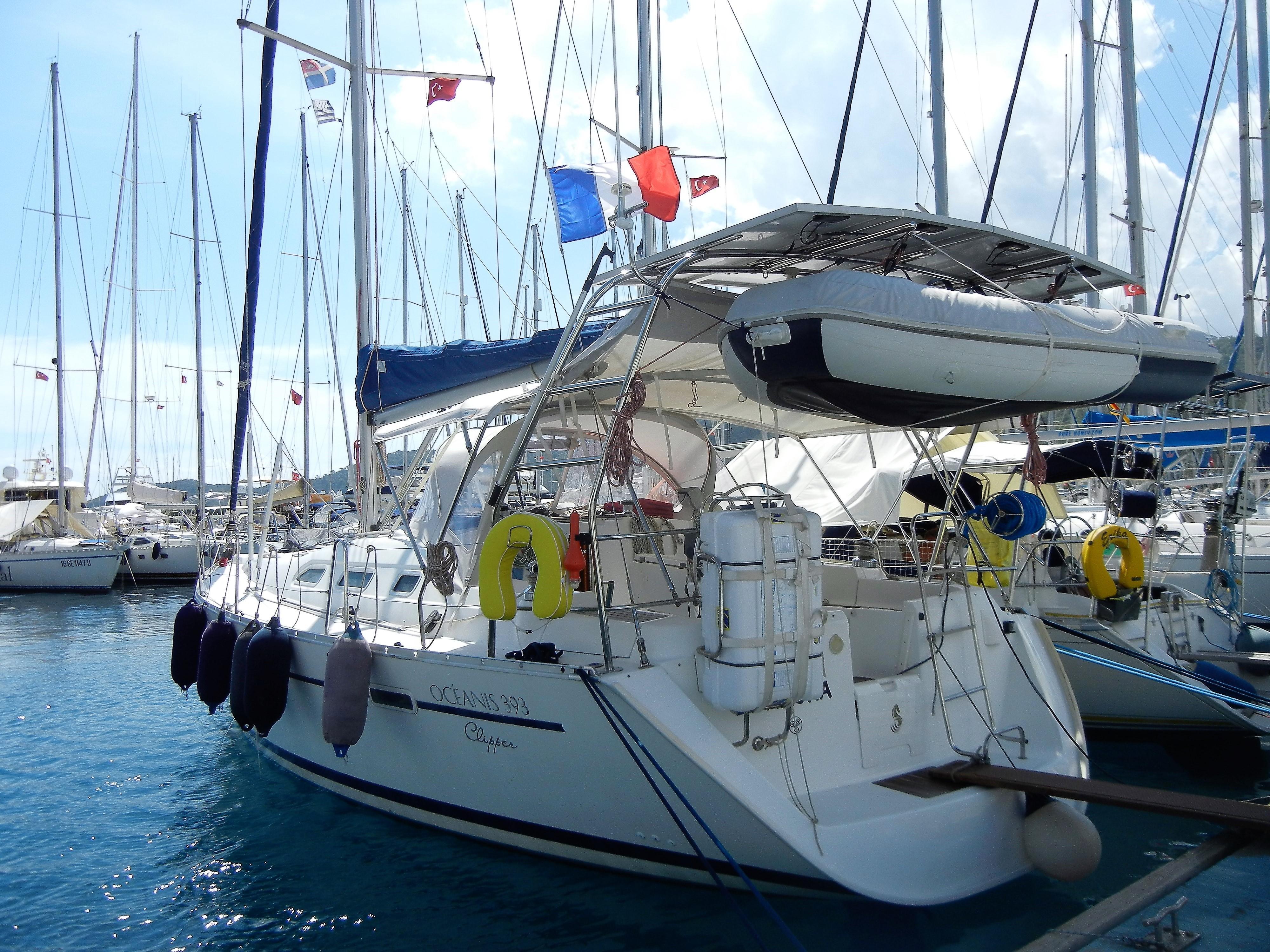 Beneteau Oceanis 393 Boat For Sale