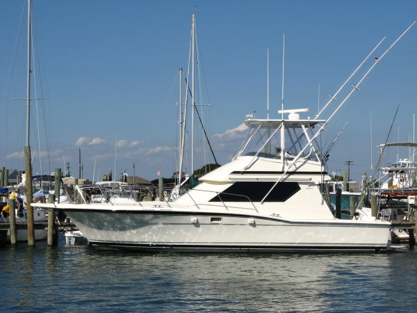 Hatteras 38 Convertible Convertible Boats. Listing Number: M-3276332