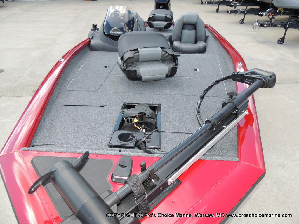 2019 Tracker Boats boat for sale, model of the boat is Pro Team 175 TXW & Image # 20 of 45