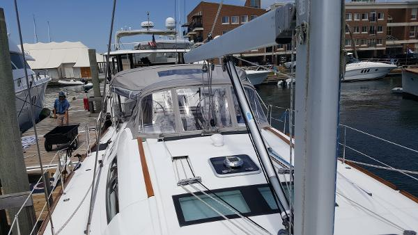 Beneteau America 49 Purchase Brokerage