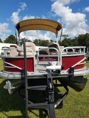 2018 Sun Tracker boat for sale, model of the boat is Fishin' Barge 20 DLX & Image # 13 of 13