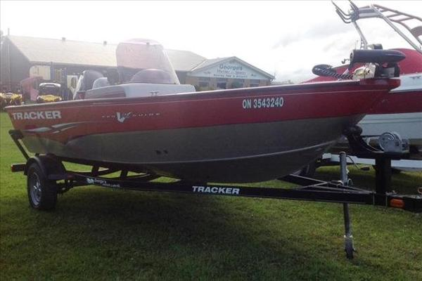2012 Tracker Boats boat for sale, model of the boat is Pro Guide V-16 SC & Image # 2 of 23