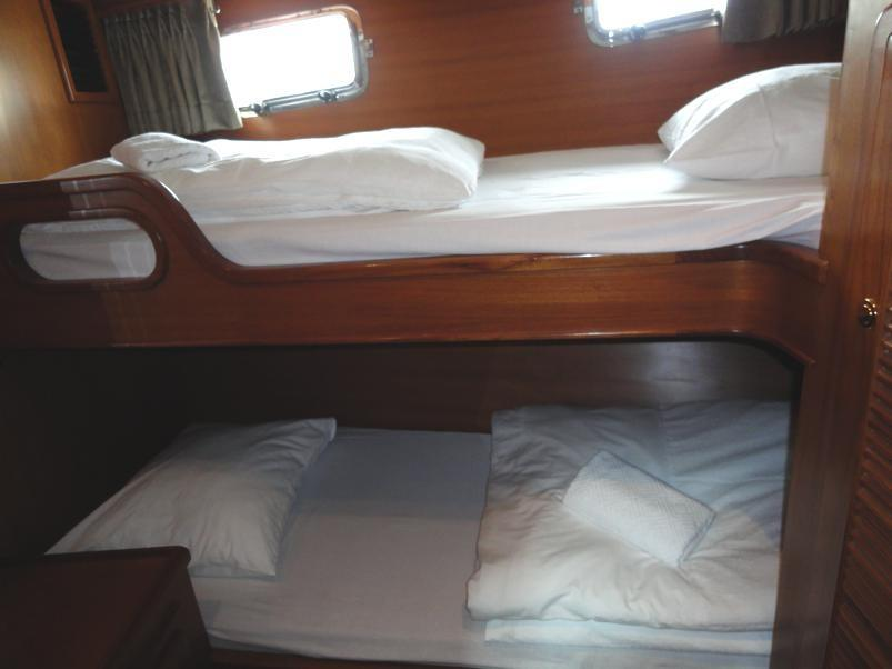 Guest Stateroom, Bunk Beds