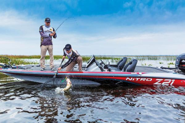 2018 Nitro boat for sale, model of the boat is Z21 & Image # 7 of 30