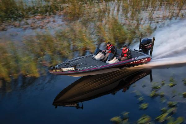 2018 Nitro boat for sale, model of the boat is Z21 & Image # 9 of 30
