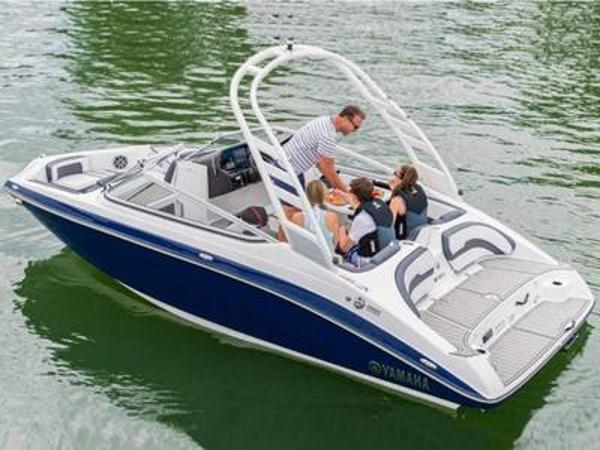 2021 Yamaha boat for sale, model of the boat is 195S & Image # 1 of 1