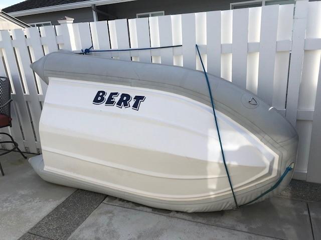 Bertram Flybridge Cruiser