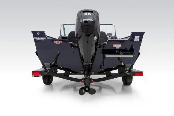 2021 Tracker Boats boat for sale, model of the boat is Pro Guide V-175 Combo & Image # 18 of 69
