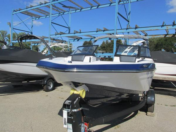 2020 Yamaha boat for sale, model of the boat is SX195 & Image # 3 of 34