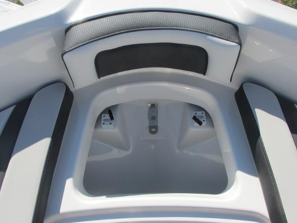 2020 Yamaha boat for sale, model of the boat is SX195 & Image # 10 of 34
