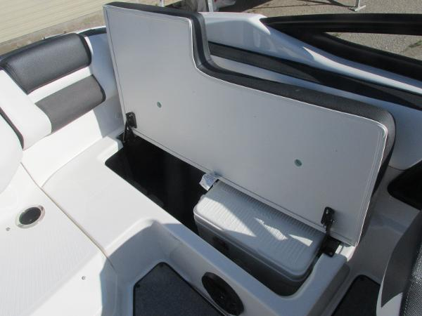 2020 Yamaha boat for sale, model of the boat is SX195 & Image # 15 of 34