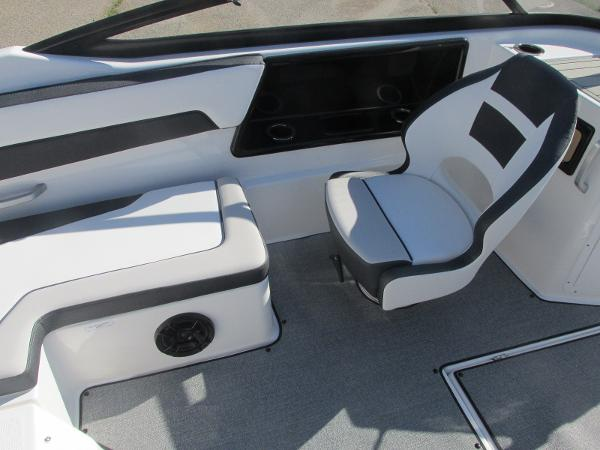 2020 Yamaha boat for sale, model of the boat is SX195 & Image # 19 of 34