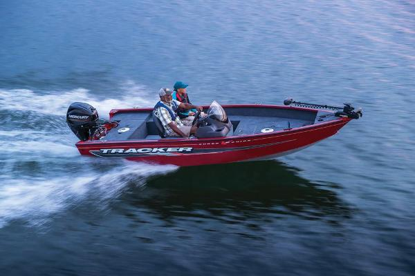 2021 Tracker Boats boat for sale, model of the boat is Super Guide V-16 SC & Image # 4 of 48