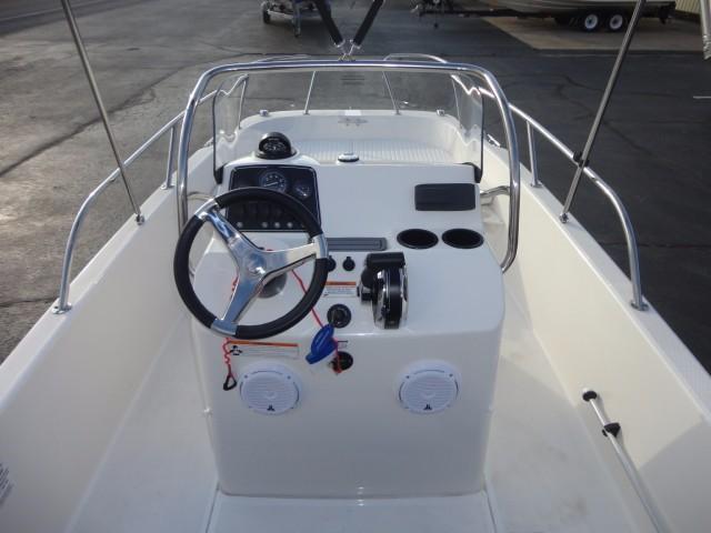 Boston Whaler170 Dauntless