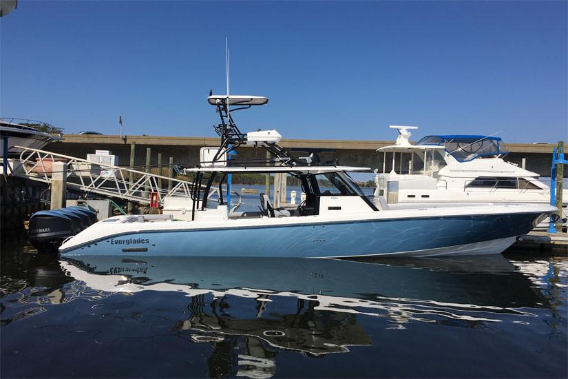 No Name Everglades 2017 Center Console Profile