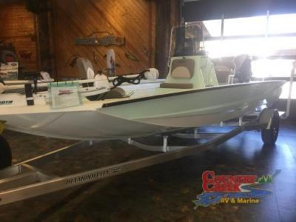 2018 Excel boat for sale, model of the boat is 203 Bay Pro & Image # 1 of 18