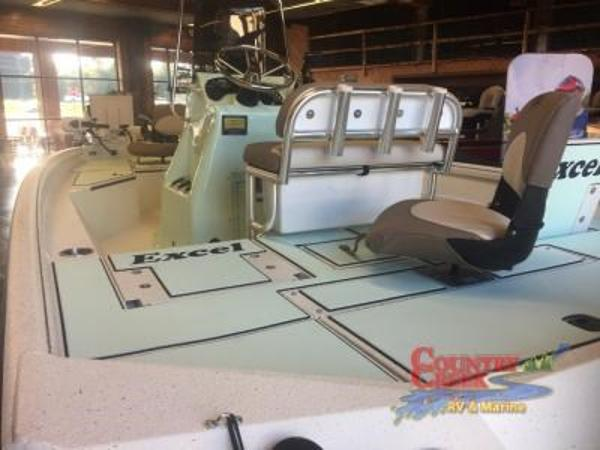 2018 Excel boat for sale, model of the boat is 203 Bay Pro & Image # 8 of 18