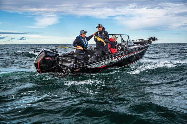 2021 Tracker Boats boat for sale, model of the boat is Targa V-19 WT & Image # 2 of 80