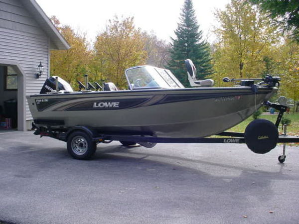 2006 lowe roughneck 16 ft for Fishing boats for sale craigslist