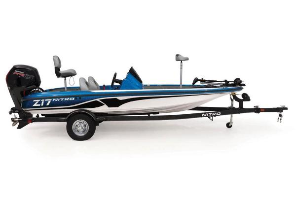 2021 Nitro boat for sale, model of the boat is Z17 & Image # 15 of 61