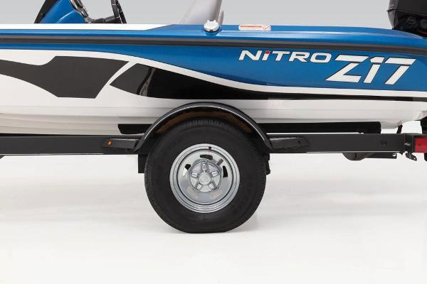2021 Nitro boat for sale, model of the boat is Z17 & Image # 38 of 61