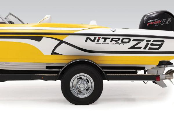 2021 Nitro boat for sale, model of the boat is Z19 Sport & Image # 23 of 60