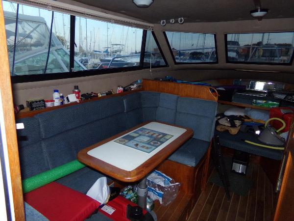 Black Watch 30 Flybridge Brokerage BoatsalesListing